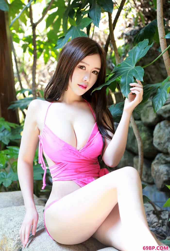 粉少女于姬泡温泉内衣性感写真