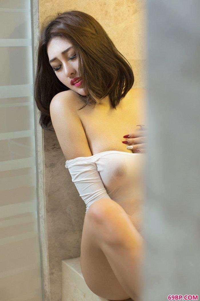 尤果赵伊彤妩媚多姿令男人欲罢不能