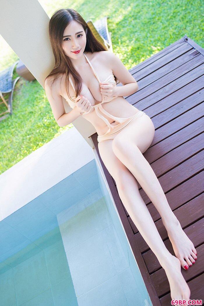 美丽女友SISY思内衣遮不住硕大嫩乳西西人体高清大胆欧美专业美女摄影图片