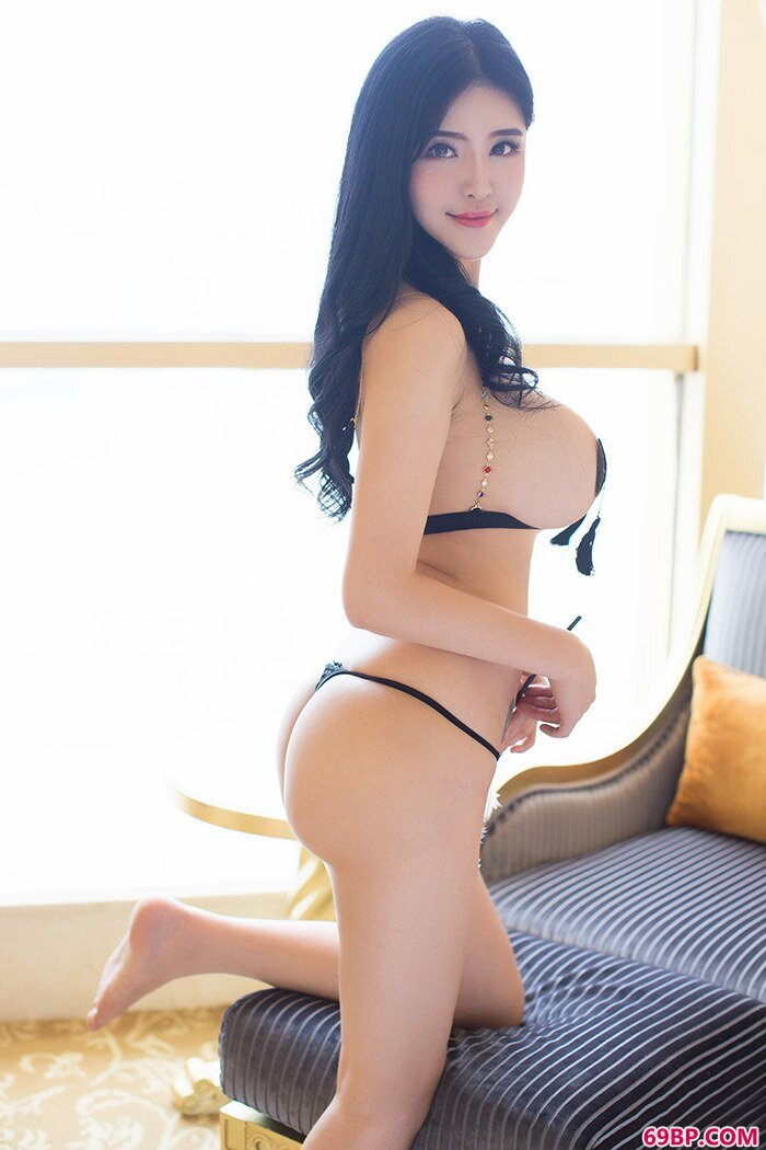 豪乳熟女刘钰儿前凸后翘勾魂夺魄_六十路丰满熟女av