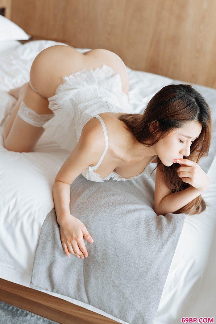 甜心宝贝徐安安蕾丝睡衣楚楚动人_西西人体最新版本